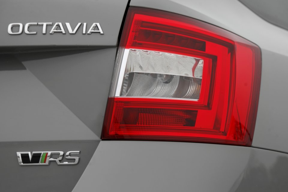 Skoda-Octavia-RS230-13.jpg